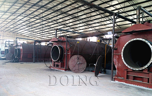 4 sets 10T/D waste tire pyrolysis oil plant succesfully operated in Chongqing, China