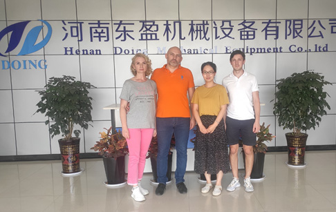 Three British customers came to DOING to inspect convert plastic to fuel pyrolysis machine