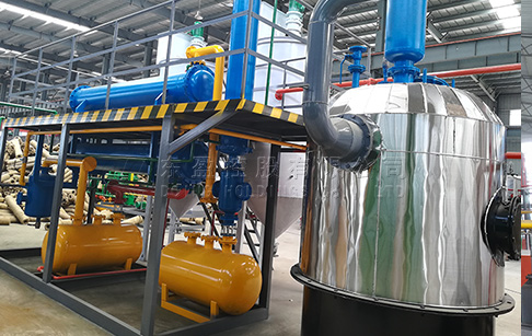 What is the profit of recycling 1 ton waste oil by waste oil distillation machine?